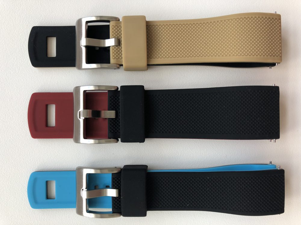 Bi-colour straps